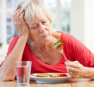Woman sick food Fotolia_42206460_270x250